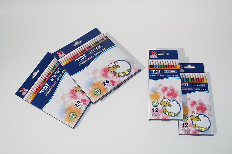 彩色铅笔盒
